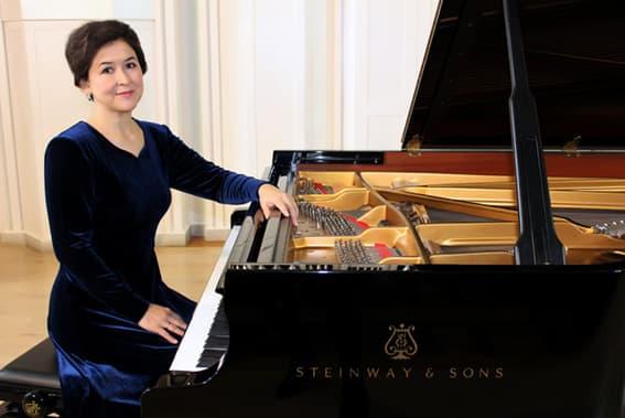 Министр культуры республики Башкортостан - Амина Ивниевна Шафикова